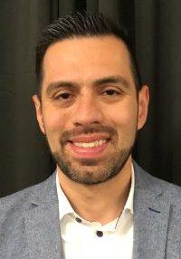photo of Carlos Alvarez
